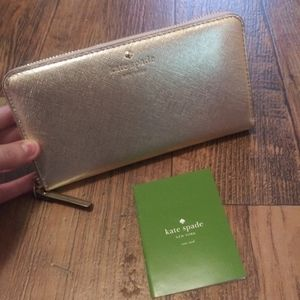 Authentic NEW kate spade wallet